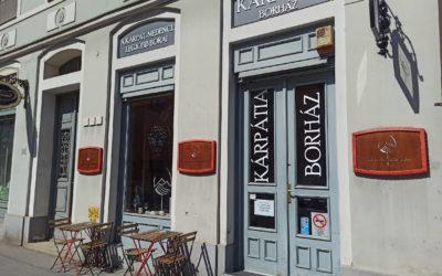 Gazdag külhoni magyar borválasztékkal, megnyílt Szegeden a Kárpátia Borház